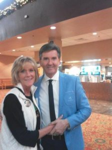 Image of Daniel O'Donnell with tour leader Jean Bindl.